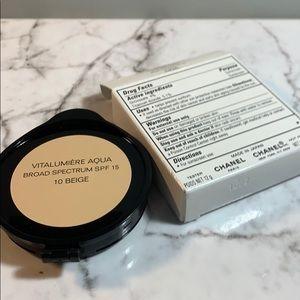 10 Beige Chanel Vitalumiere Aqua Cream Compact
